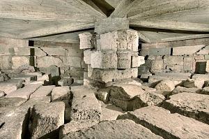 Le fondazioni della cappella di Sant'Aquilino.