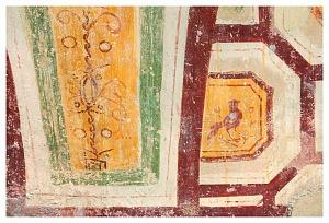 Cappella di Sant'Aquilino. Particolare degli affreschi della galleria superiore.
