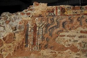 Gli affreschi del XII secolo nel battistero di San Giovanni alle Fonti.
