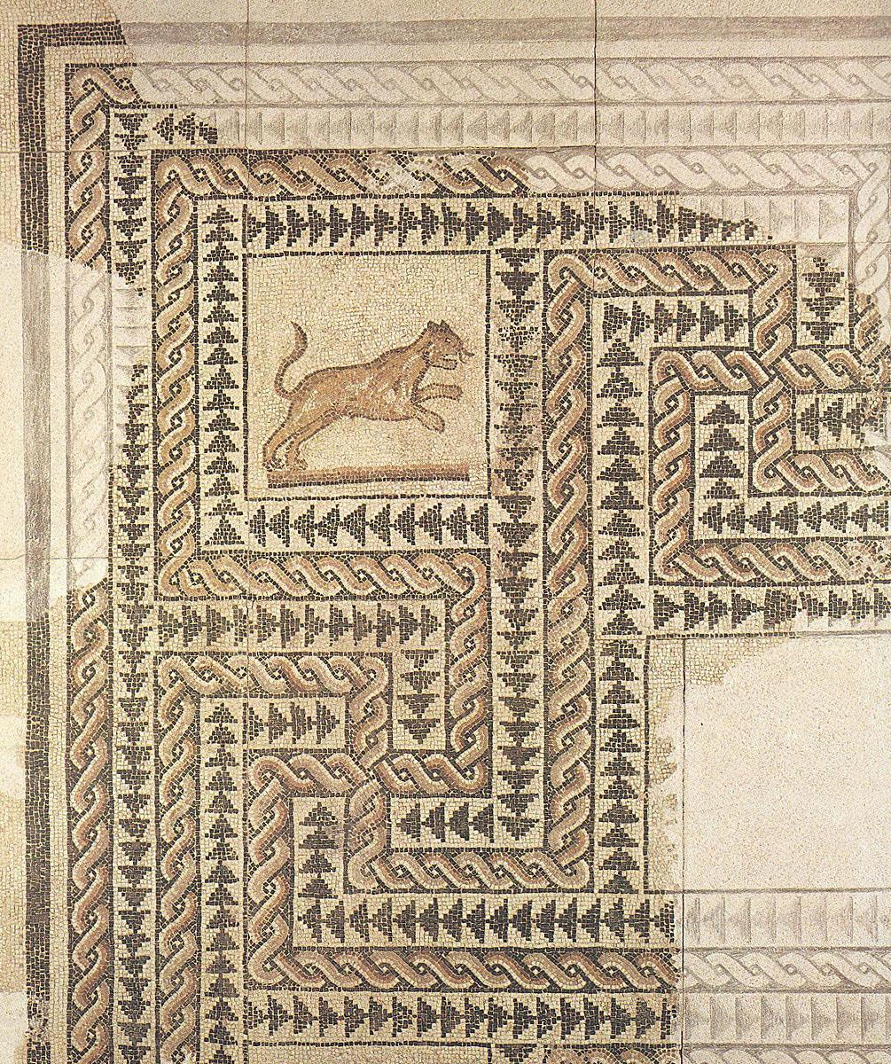 Lacerto di mosaico della domus rinvenuta in piazza Missori, ora esposto al Civico Museo Archeologico.