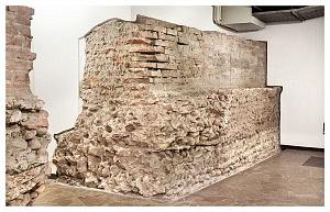 Tratto delle murature dell'horreum in via dei Bossi 4.